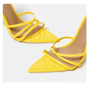 2c050052698 Shoes - Sexy Arrow toe strappy Sandal